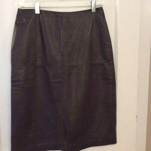 Ladies dark brown leather skirt